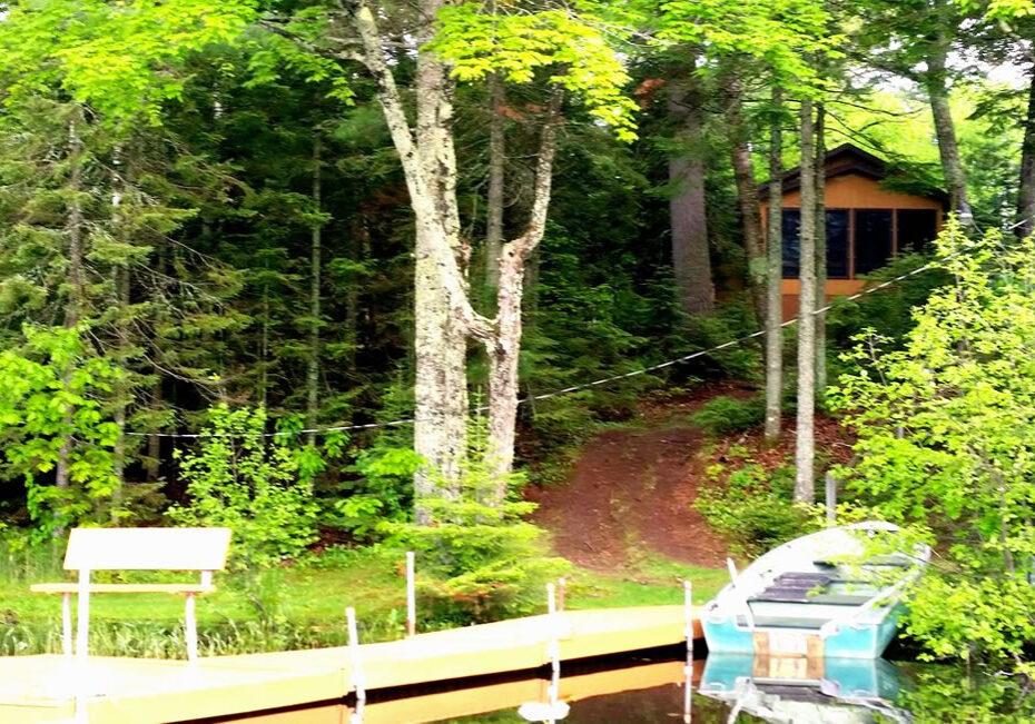Bear-Den-Cabin