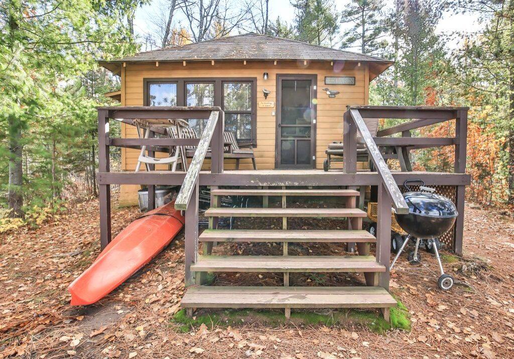point-cabin